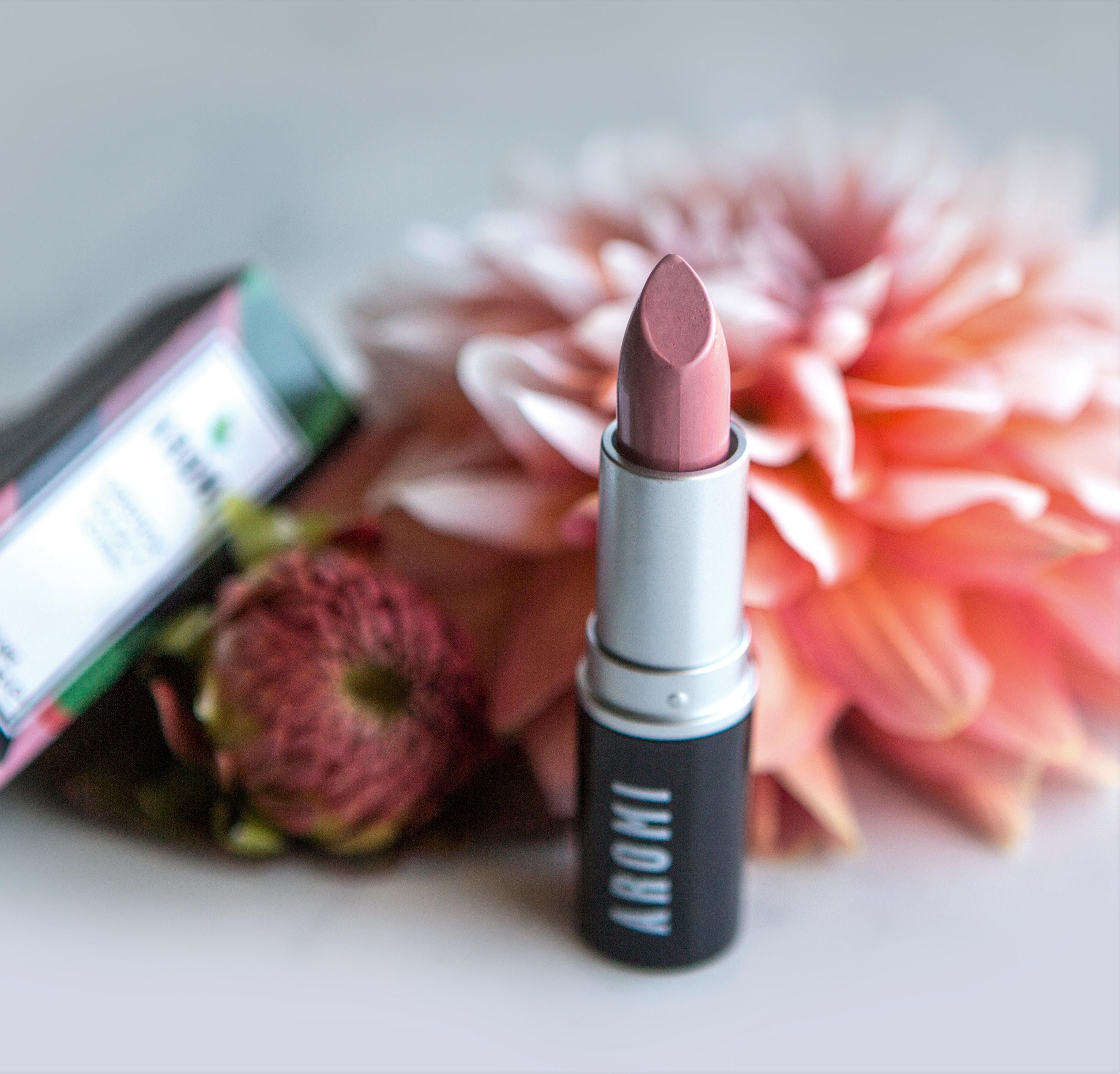 Aromi Rosy Nude Lipstick